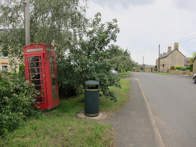 Phonebox in Coveney
