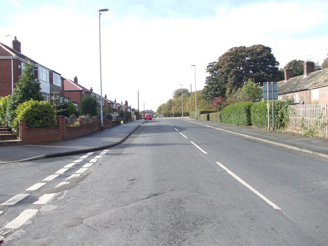 Town Street - viewed from New Lane