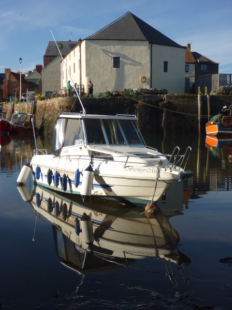 Coastal East Lothian : Hanging Out At Cromwell Harbour, Dunbar