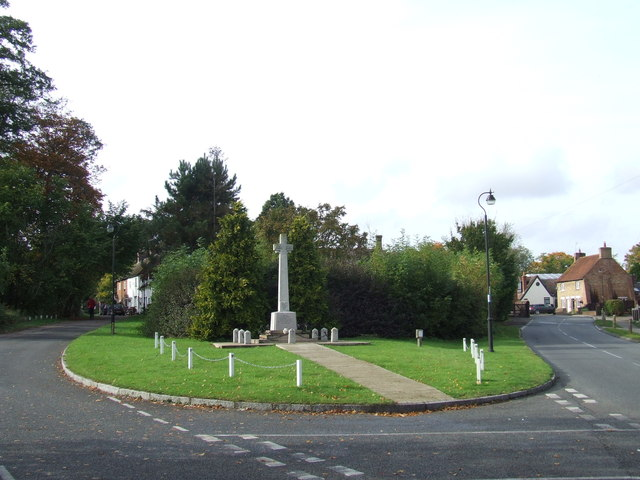 War Memorial, Wootton