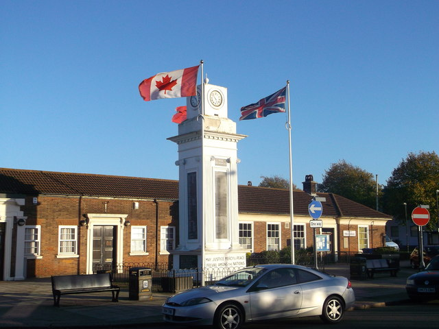 Tilbury War Memorial (2)