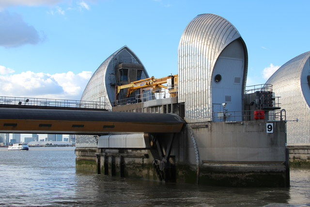 Thames Barrier © Oast House Archive cc-by-sa/2.0