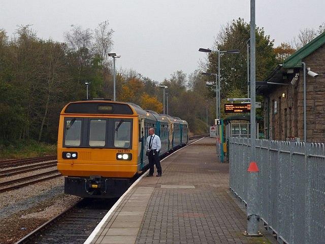 cardiff rhymney train