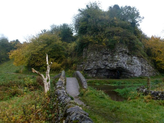Limestone cliff in Bradford Dale
