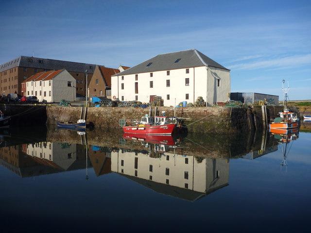 Coastal East Lothian : Cromwell Harbour, Dunbar