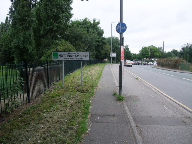 Cycle Route 6 entering Nottinghamshire