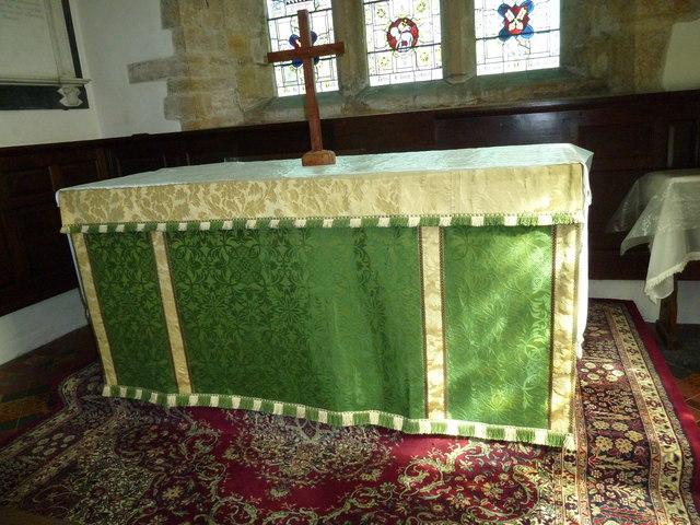 St Andrew, Yetminster: altar