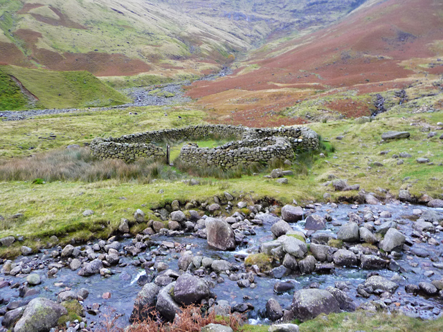 Sheepfold at the head of Mickleden