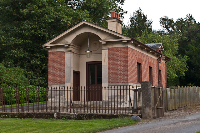 Lodge to Oakly Park
