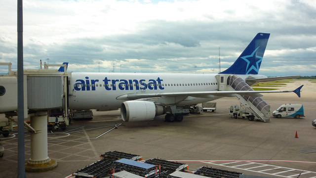 air transat at manchester airport 169 richard cooke geograph britain and ireland