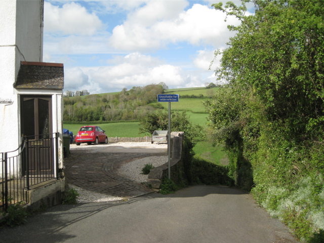 Daccombe Mill Lane drops down