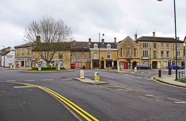 Town centre road junction, Market Deeping