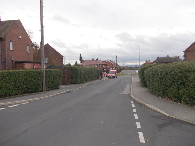 Thirlmere Drive - viewed from Fairleigh Crescent