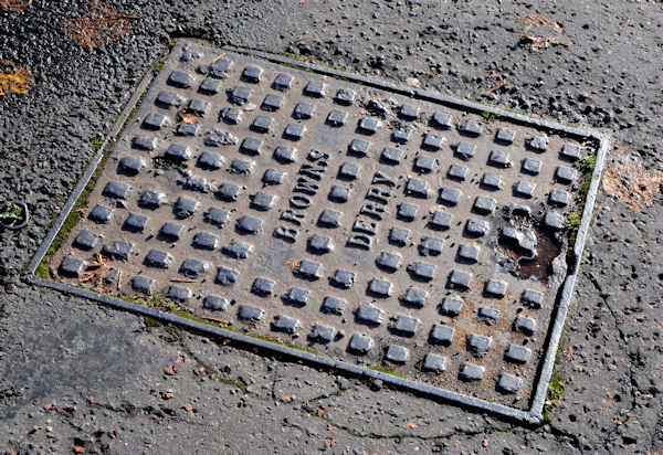 """Browns"" (Foyle Foundry) access cover, Coleraine"