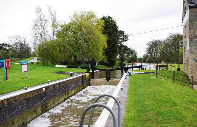 Upper Barnwell Lock on the River Nene, near Oundle
