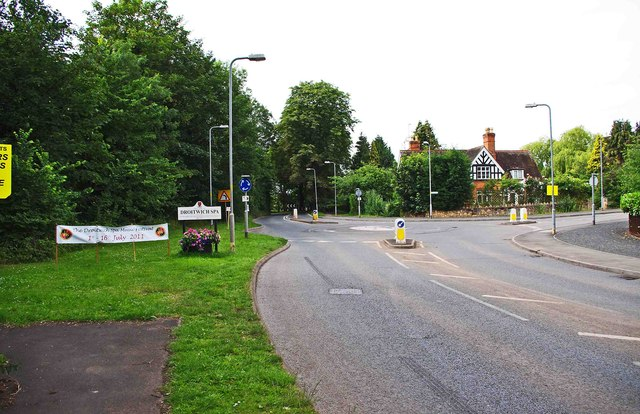 Junction of Hanbury Road (B4090) and Impney Way, Droitwich Spa