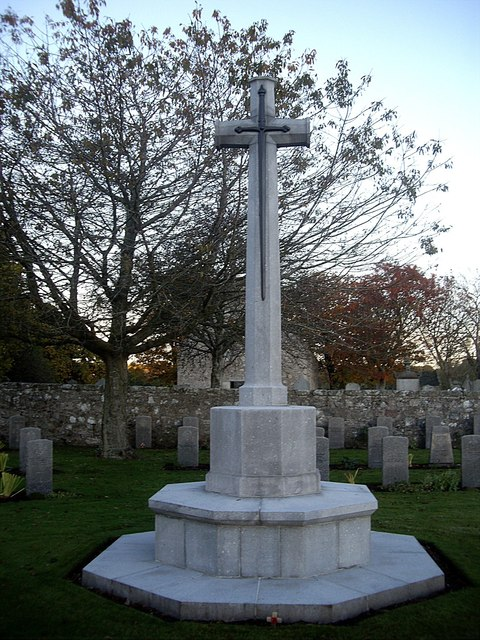 Memorial cross in the Commowealth War Graves enclosure at Dyce