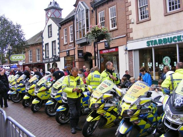 Tour Police