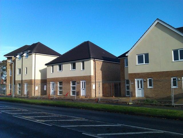 New housing in Longfield Avenue