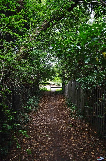Looking along footpath to Hanbury Road, Droitwich Spa