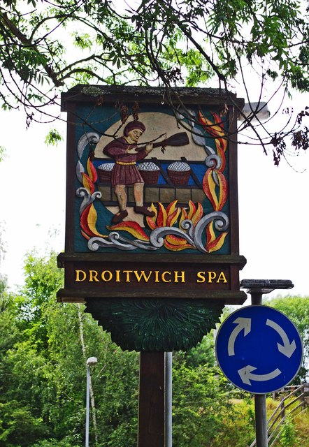 Town sign, Hanbury Road, Droitwich Spa