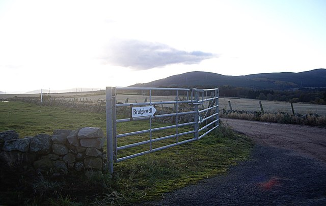 Access lane to Braigiewell