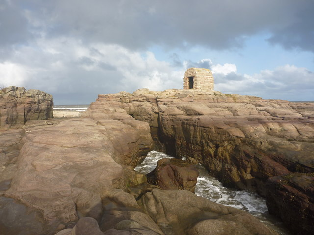 Coastal Northumberland : On The Rocks At Pace Hill, Seahouses