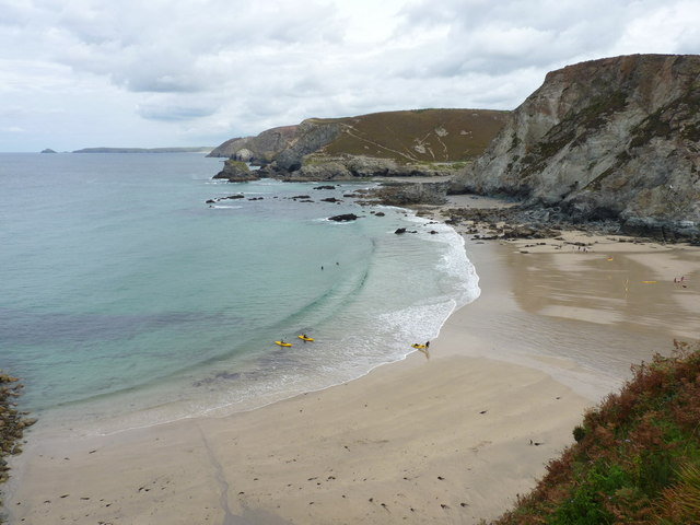 Sea kayakers land at Trevaunance Cove