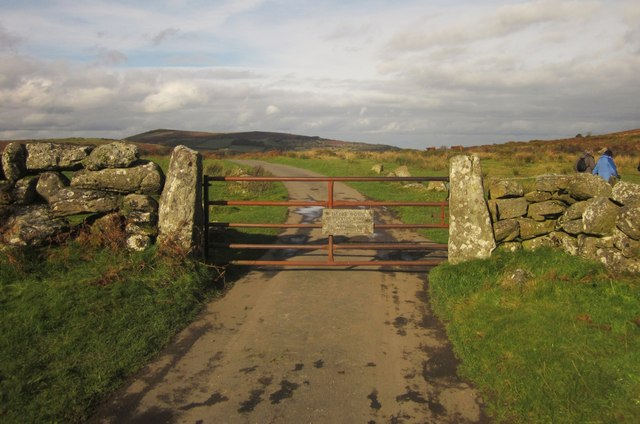 Gate onto Hayne Down