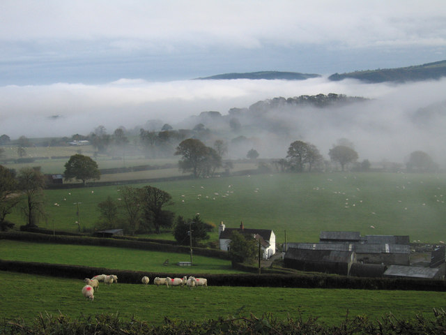 Morning mist in the Hope Valley