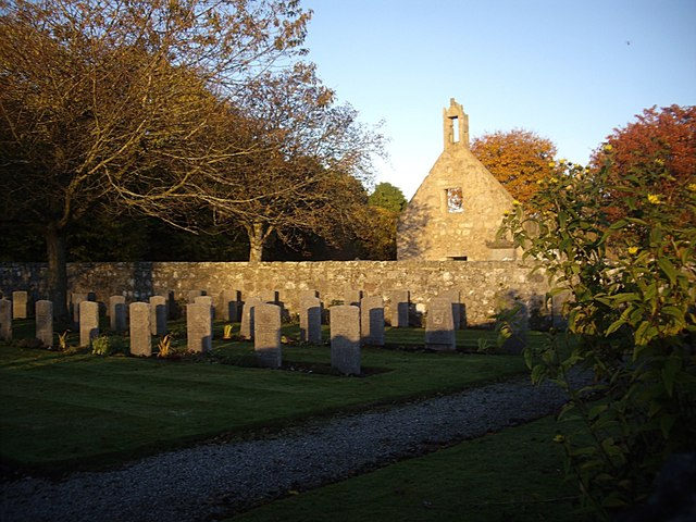 Commonwealth War Graves at Dyce