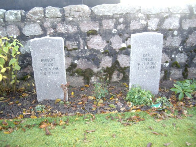 Luftwaffe pilots graves at Dyce