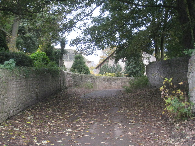 The approach to Cusworth Hall from Cusworth village