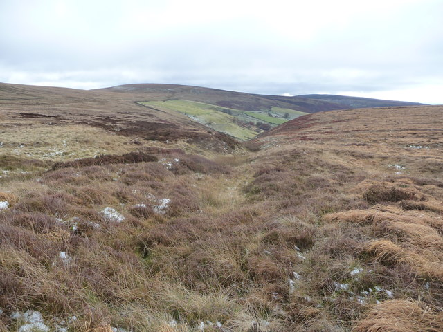 Crossing moorland at the head of Cwm Tyleri