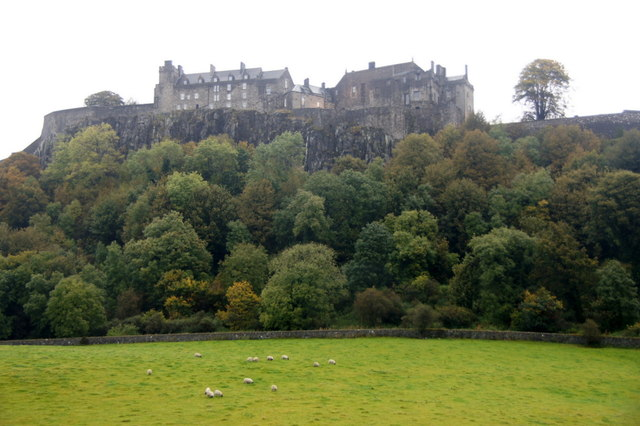 View to Stirling Castle from Raploch Road