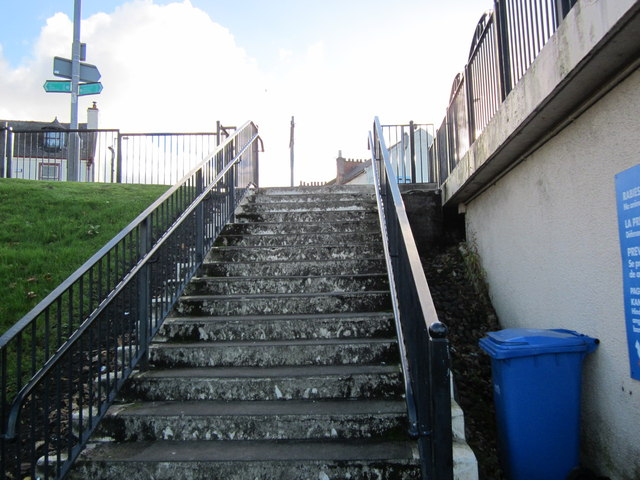Steps upto Knockcushan Street