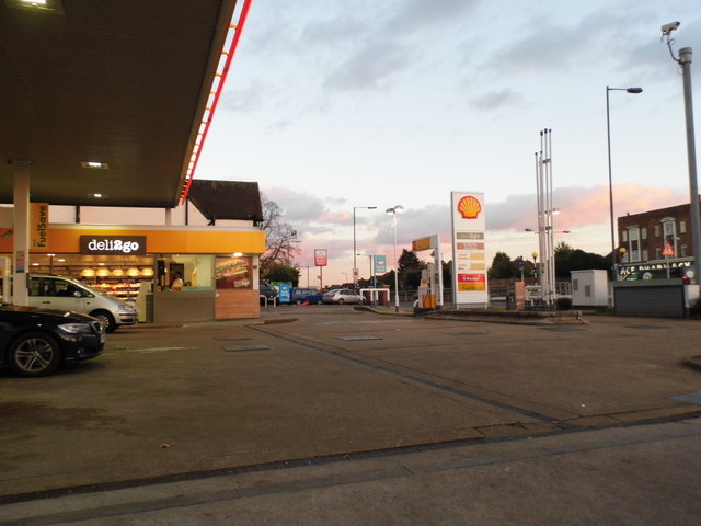Shell garage on the corner of hook road david howard cc by sa 2 0 geograph britain and - Find nearest shell garage ...
