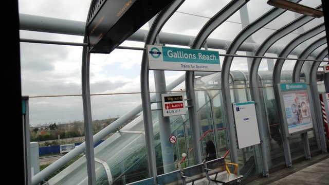 Gallions Reach station