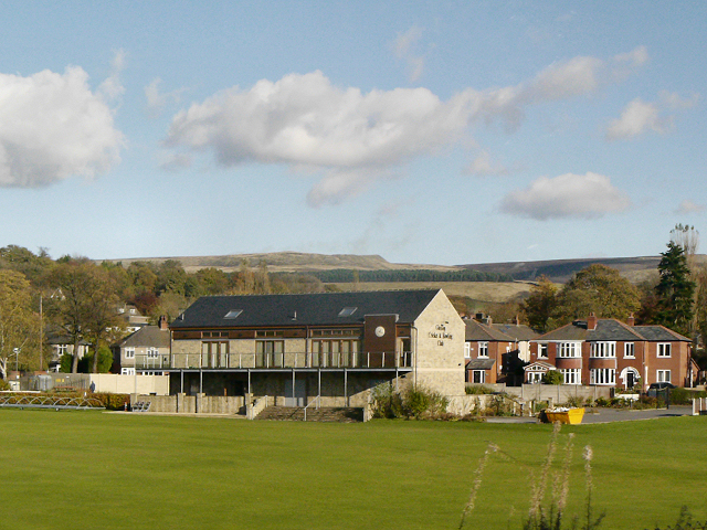 Glossop Cricket and Bowling Club