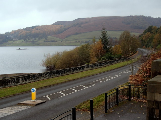 A6013 by Ladybower Reservoir
