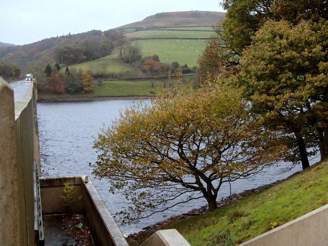Ladybower Reservoir and the Ashopton viaduct