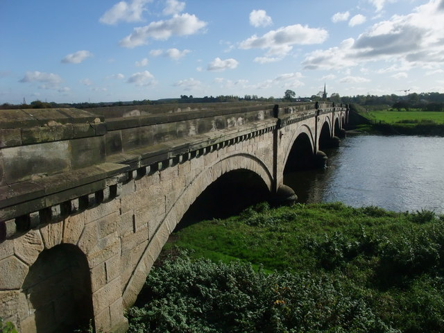 Willington Bridge crossing the Trent