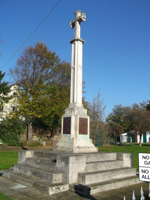 War Memorial, Purfleet