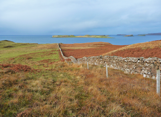 Drystane wall at Claigan