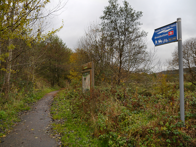 Trans Pennine Trail towards Broadbottom