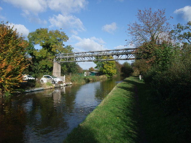Trent Valley Way (proposed western extension) along the Trent and Mersey Canal