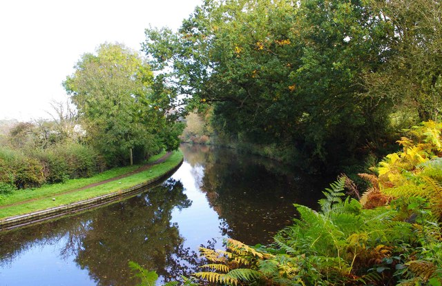 Staffs & Worcs Canal adjacent to Canalside Terrace, Cookley Playing Fields, Cookley