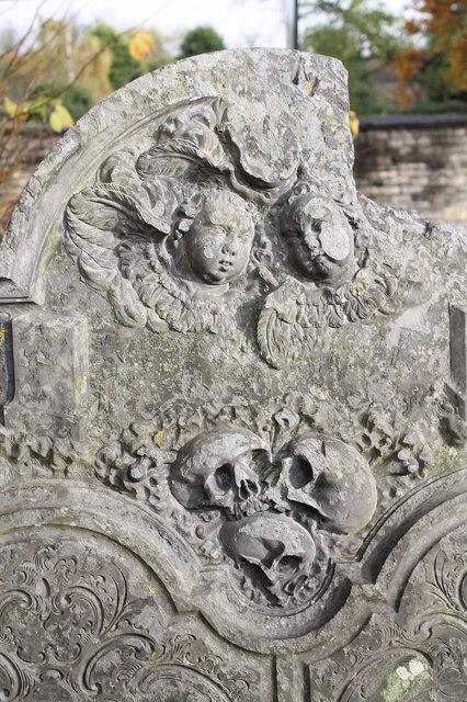 Gravestone detail, St Wulfram's churchyard, Grantham