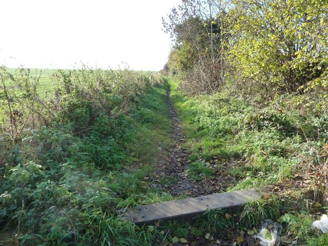 A low bike barrier on a Kinsley bridleway