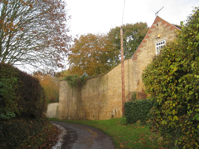 High Wall on Manor Lane, Burton by Lincoln